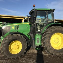 JD 6250R - Only 600 hours