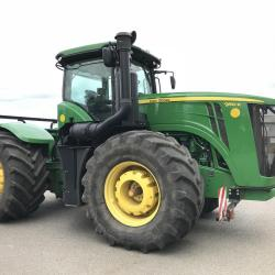 JD 9510R Only 2496 hours - Under offer