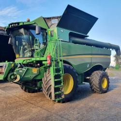 JD S785 - only 485 & 606 hours - Due In.