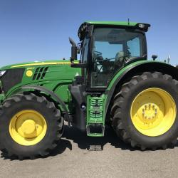 JD 6195R Only 1556 hours