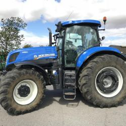 NH T7.270 Auto Command - 3327 hours - SOLD