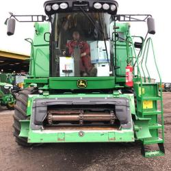 JD S690i HillMaster - Only 1793 & 2263 hours