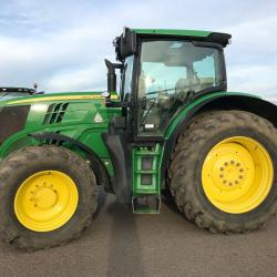 JD 6210R - Only 4536 hours - SOLD