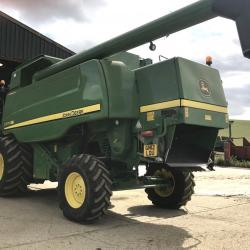JD C670 HillMaster - Only 1066 & 1477 hours!