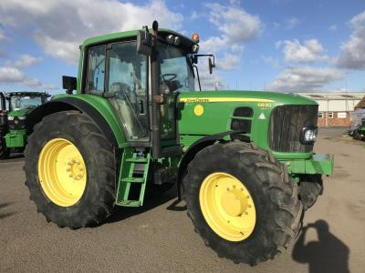JD 6830 Only 3070 hours!