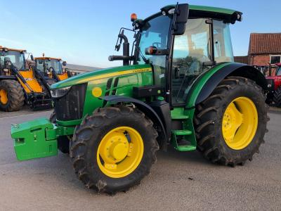 JD 5125R Only 83 hours!!!